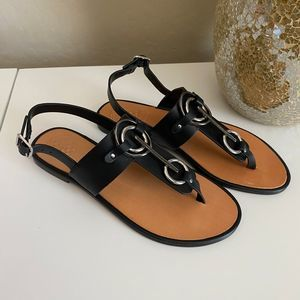 Vince Camuto Black Amereena Thong Leather Sandals